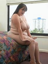 plump girl in sexy bra