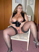 fatty wives showing off